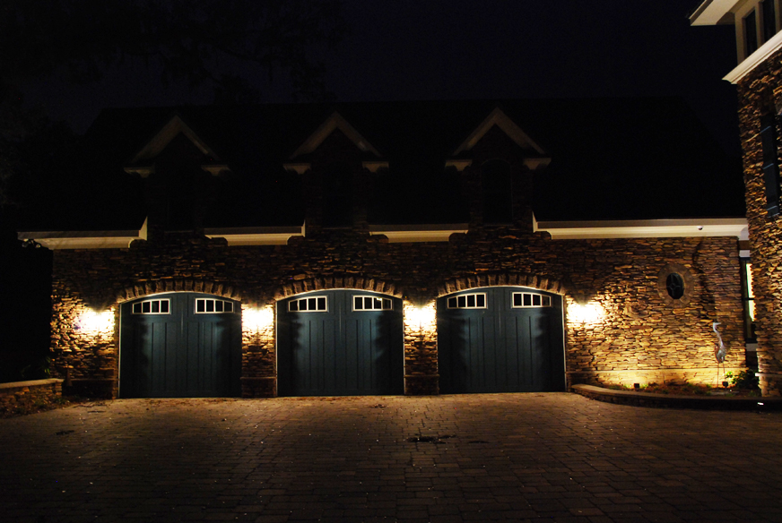 lighting-for-outdoor-garages