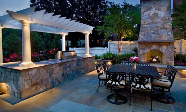 outdoor-lighting-grilling-area