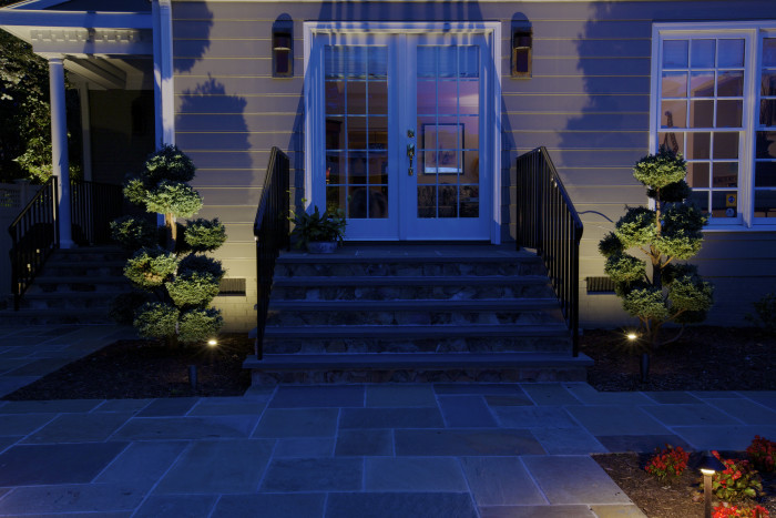 backyard-lighting-ideas-grove-ave