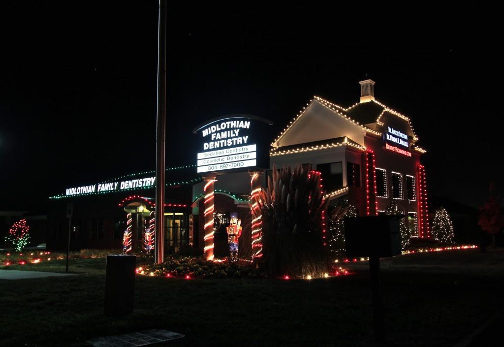 Midlothian-Family-Dentistry-Holiday-Lights