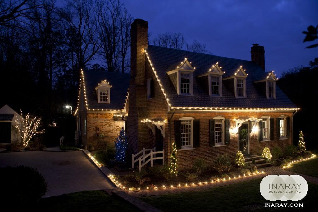 home-with-christmas-lights-richmond